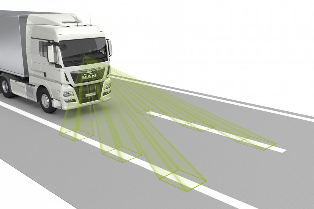 LGS lane guard system with latest camera technology: July 2015 sees MAN introducing the new generation of advanced emergency braking system with sensor fusion (EBA emergency brake assist) and the emergency stop signal (ESS). At the same time the EBA and also the new lane guard system (LGS) will become standard accessories in those vehicle models to which mandatory equipment requirements apply for new registrations from November onwards. This includes the vast majority of MAN trucks, both MAN and NEOPLAN coaches and intercity buses, and also MAN coach chassis. DE: Spurassistent LGS mit neuester Kameratechnologie: MAN führt ab Juli 2015 die neue Generation des Notbremsassistenten mit Sensorfusion (Emergency Brake Assist, EBA) und das Notbremssignal ESS ein. Gleichzeitig wird EBA sowie der neue Spurhalteassistent (Lane Guard System, LGS) zur Serienausstattung in den Fahrzeugtypen, für die ab November die Ausrüstungspflicht für Neuzulassungen gilt. Dies umfasst den allergrößten Teil der Lkw von MAN, Überland- und Reisebusse von MAN und NEOPLAN, sowie MAN Chassis für Reisebusse. UK: LGS lane guard system with latest camera technology: July 2015 sees MAN introducing the new generation of advanced emergency braking system with sensor fusion (EBA emergency brake assist) and the emergency stop signal (ESS). At the same time the EBA and also the new lane guard system (LGS) will become standard accessories in those vehicle models to which mandatory equipment requirements apply for new registrations from November onwards. This includes the vast majority of MAN trucks, both MAN and NEOPLAN coaches and intercity buses, and also MAN coach chassis.