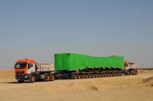 FAYMONVILLE CON UNIVERSAL TRANSPORT IN EGITTO - Sollevare - Egitto FAYMONVILLE Universal Transport - News Trasporti eccezionali 1