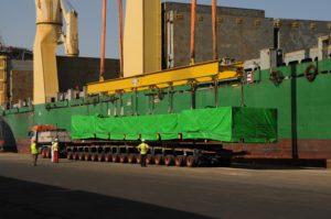 FAYMONVILLE CON UNIVERSAL TRANSPORT IN EGITTO - Sollevare - Egitto FAYMONVILLE Universal Transport - News Trasporti eccezionali 5