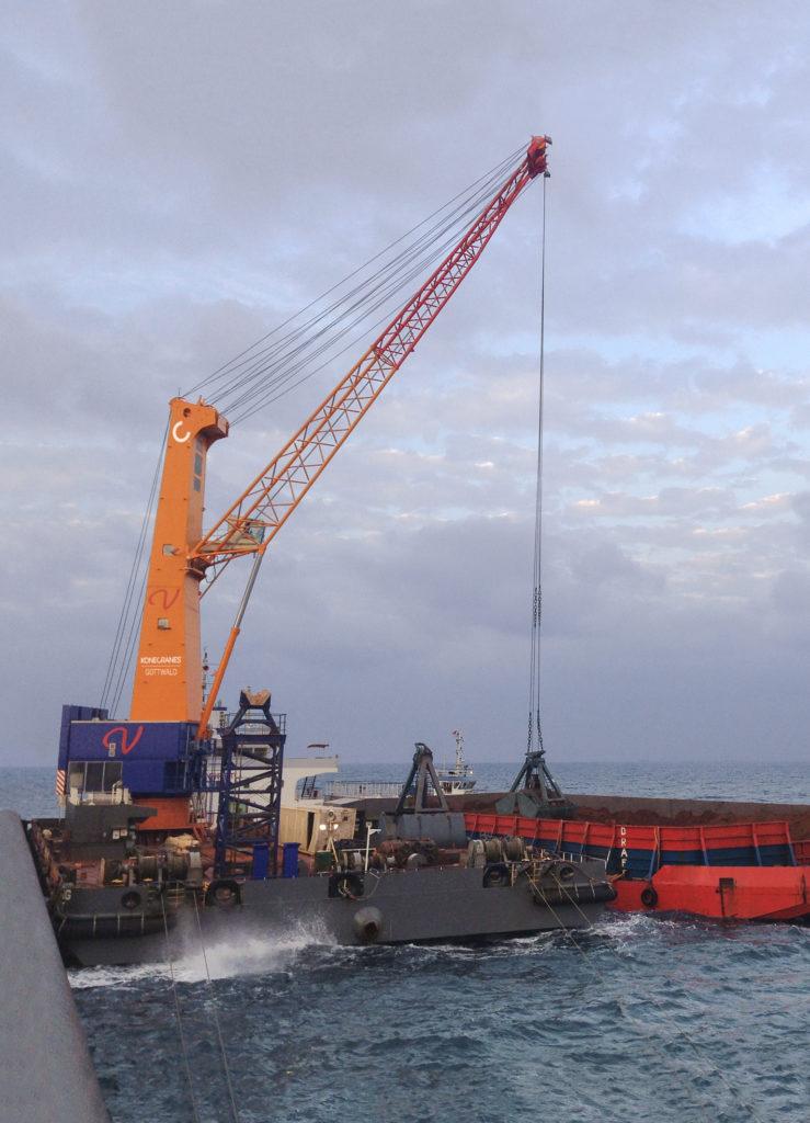 KONECRANES DA MARE APERTO - Sollevare - floating cranes Konecrnes Modello 8 - Gru News
