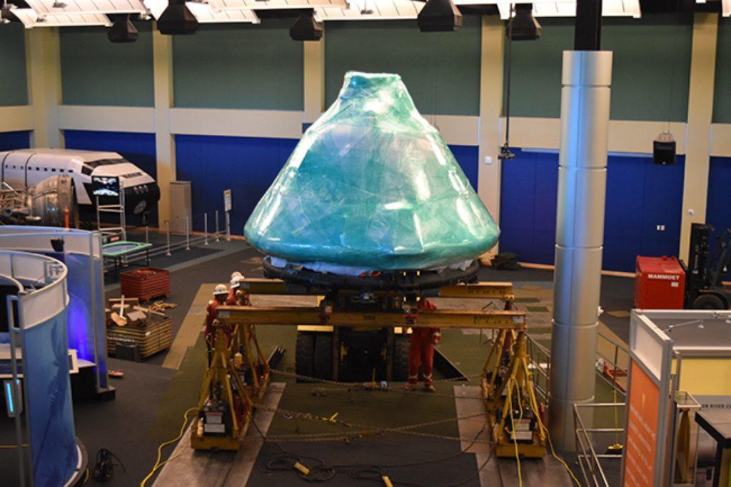 MAMMOET SPOSTA L'APOLLO 4 - Sollevare - Apollo 4 MAMMOET - case history News Trasporti eccezionali