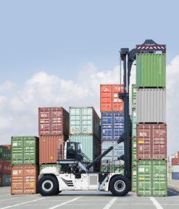 CVS FERRARI CONQUISTA GLI OPERATORI PORTUALI DI MONTREAL - Sollevare -  - Logistica News 2