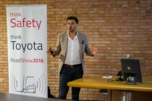 TOYOTA APPLICA LA SICUREZZA - Sollevare - roadshow sicurezza Toyota Toyota Material Handling Italia - Carrelli elevatori News