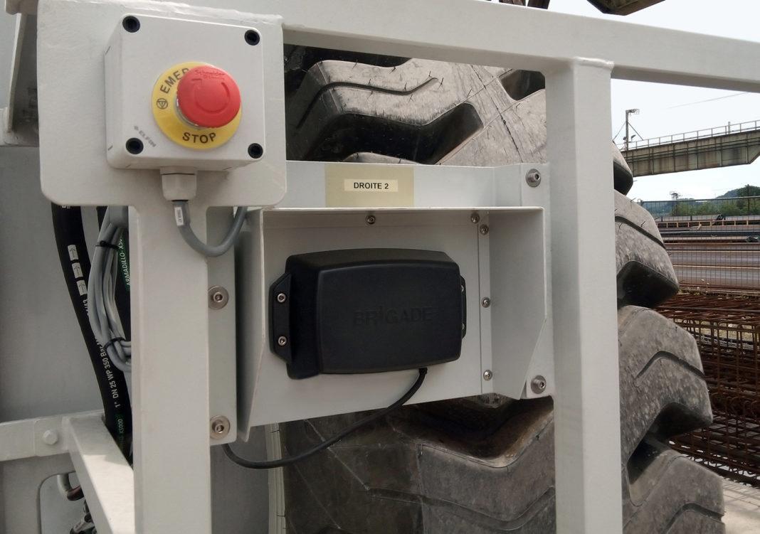 BACKSENSE BS-9000, IL RADAR DI BRIGADE ELETTRONICA PER CIMOLAI TECNOLOGY - Sollevare -  - Carrelli elevatori Macchine portuali